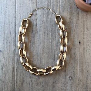 Jewelry - Lightweight gold chunky chain necklace